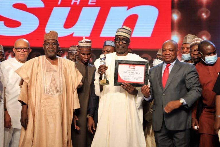 """Kyari Bags """"The Sun Man of The Year"""" Award"""